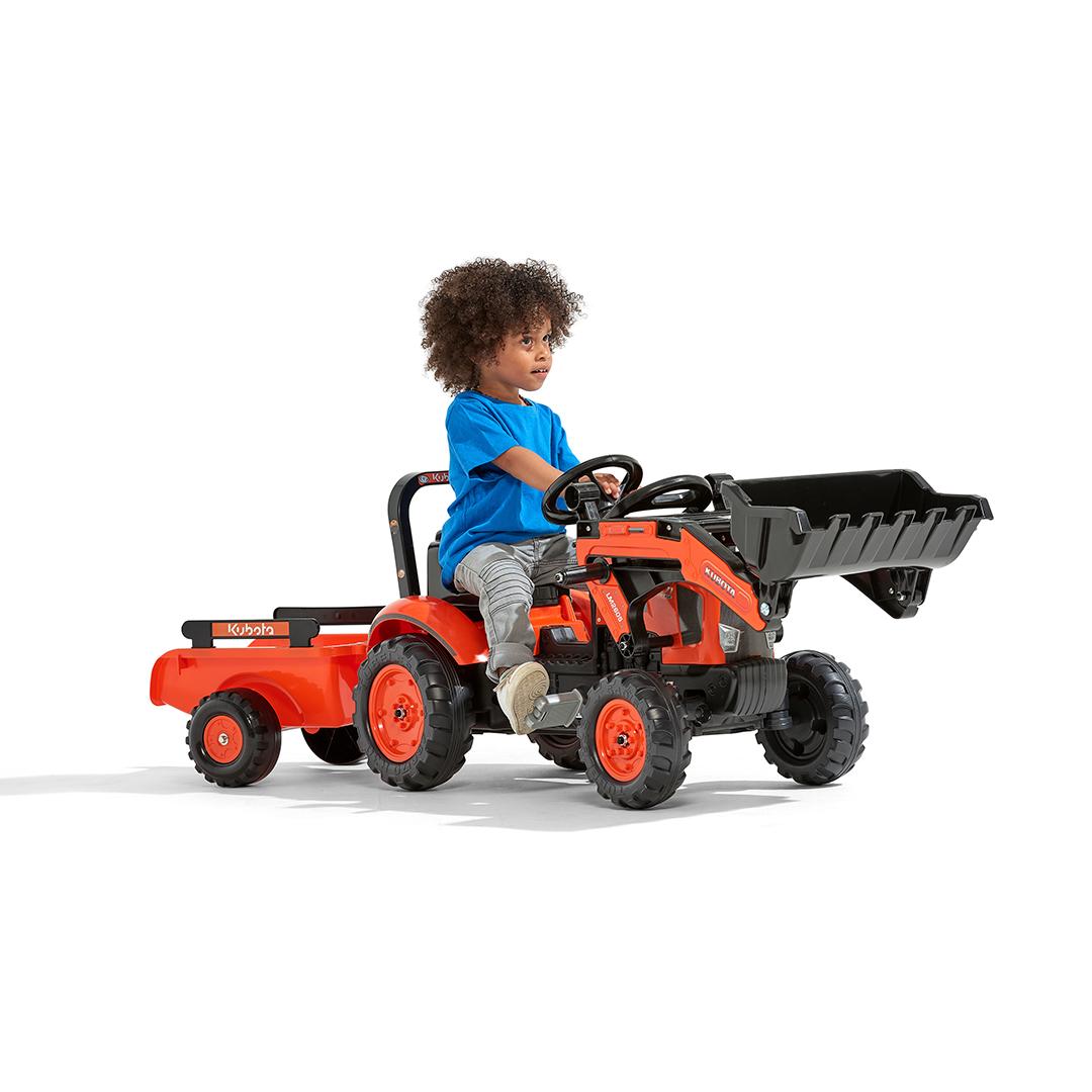 Tractor de pedales Kubota con pala y remolque